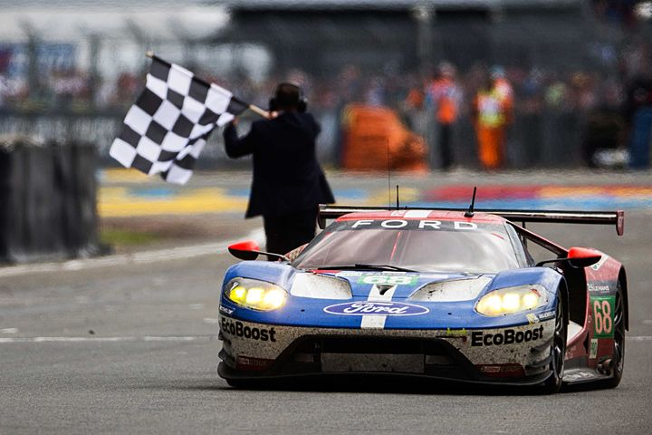 2016-ford-gt-finish-gte-pro-2lm